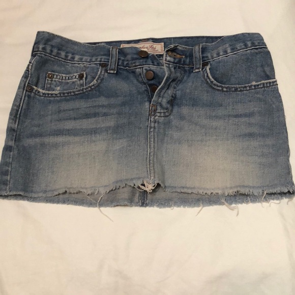Abercrombie & Fitch Dresses & Skirts - Abercrombie & Fitch Denim Mini Skirt